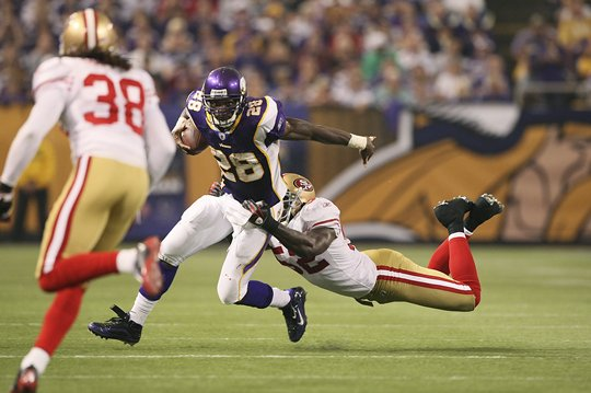http://purplejesus.files.wordpress.com/2009/09/vikes49ers0021.jpg?w=540