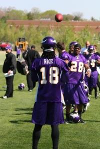 http://purplejesus.files.wordpress.com/2010/08/squidcamp.jpg?w=200