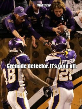 http://purplejesus.files.wordpress.com/2011/01/028-grenade-detector.jpg?w=275