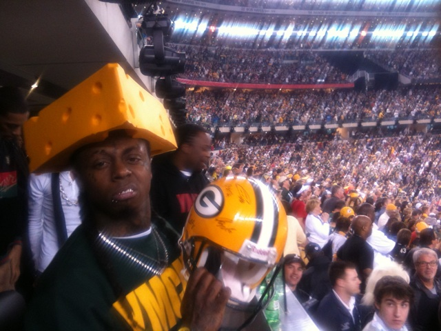 http://purplejesus.files.wordpress.com/2011/02/lil-wayne-at-the-super-bowl.jpg