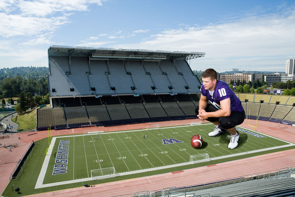 http://purplejesus.files.wordpress.com/2011/04/jake-locker-big.jpg