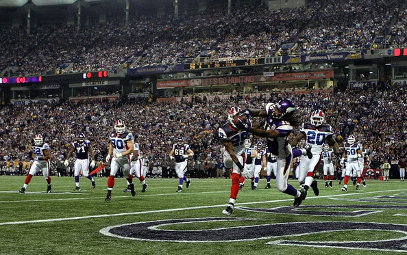 http://purplejesus.files.wordpress.com/2011/04/vikings-bills.jpg