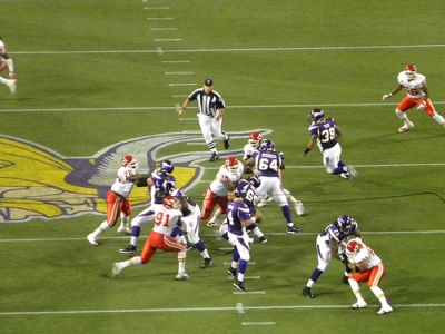 http://purplejesus.files.wordpress.com/2011/04/vikings-chiefs.jpg?w=400