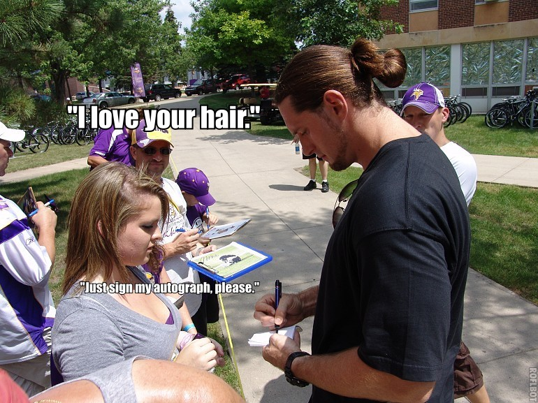 http://purplejesus.files.wordpress.com/2011/08/pony-tail.jpg