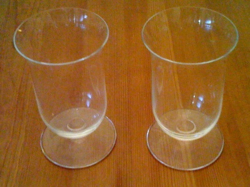 http://purplejesus.files.wordpress.com/2011/08/scotch-glasses.jpg