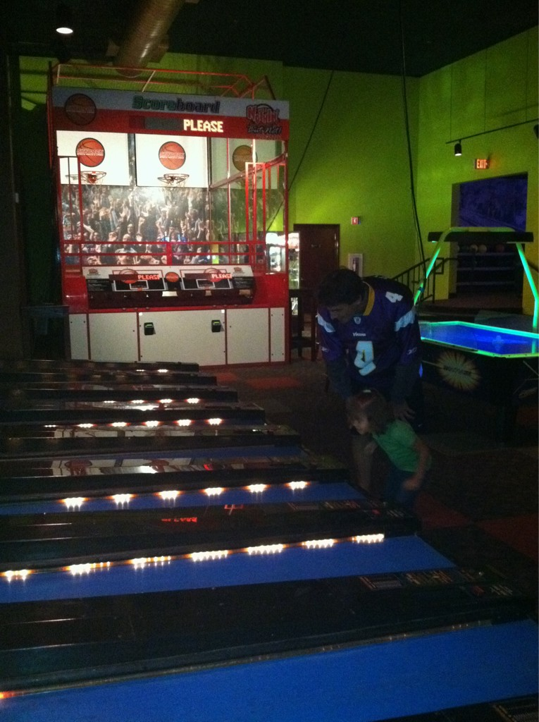 http://purplejesus.files.wordpress.com/2011/09/chris-kluwe-skeeballs.jpg
