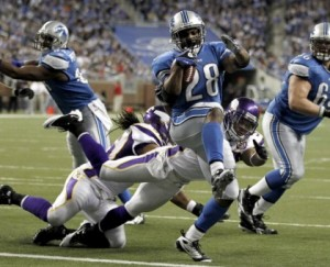 http://purplejesus.files.wordpress.com/2011/09/lions-vikings-defense.jpg