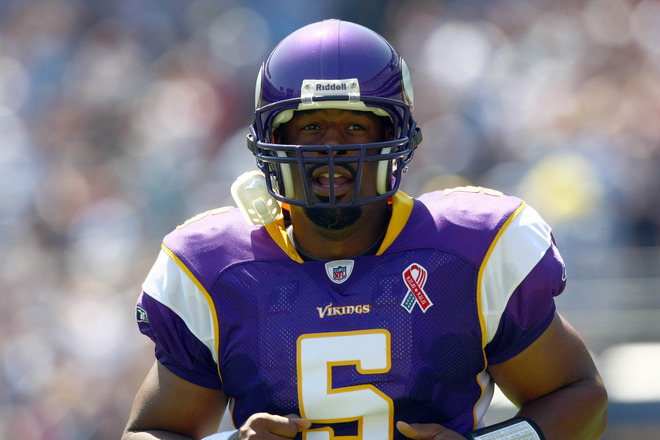 http://purplejesus.files.wordpress.com/2011/09/mcnabb-vikings-chargers-2011.jpg?w=660
