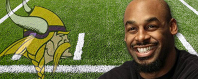 http://purplejesus.files.wordpress.com/2011/09/mcnabb-vikings.jpg
