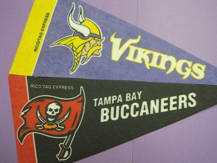 http://purplejesus.files.wordpress.com/2011/09/vikings-bucs-2011.jpg