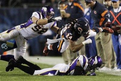 http://purplejesus.files.wordpress.com/2011/10/greenway-stamp-vikings-bear.jpg?w=400