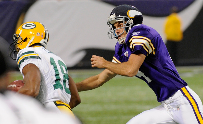 http://purplejesus.files.wordpress.com/2011/10/kluwe-tackle-packers.jpg?w=660