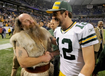 http://purplejesus.files.wordpress.com/2011/10/ragnar-haiku-aaron-rodgers-gay.jpg?w=400
