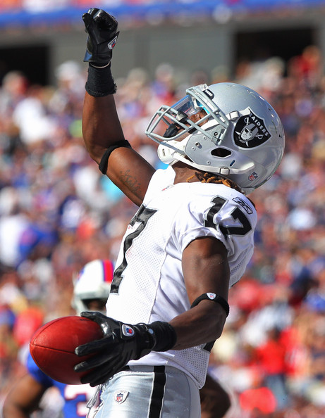 http://purplejesus.files.wordpress.com/2011/11/denarius-moore-raiders.jpg