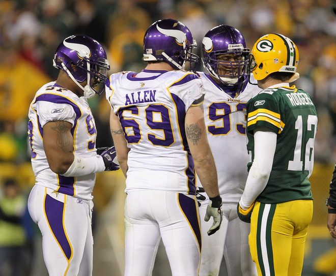 http://purplejesus.files.wordpress.com/2011/11/vikings-defensive-line-aaron-rodgers-talk.jpg