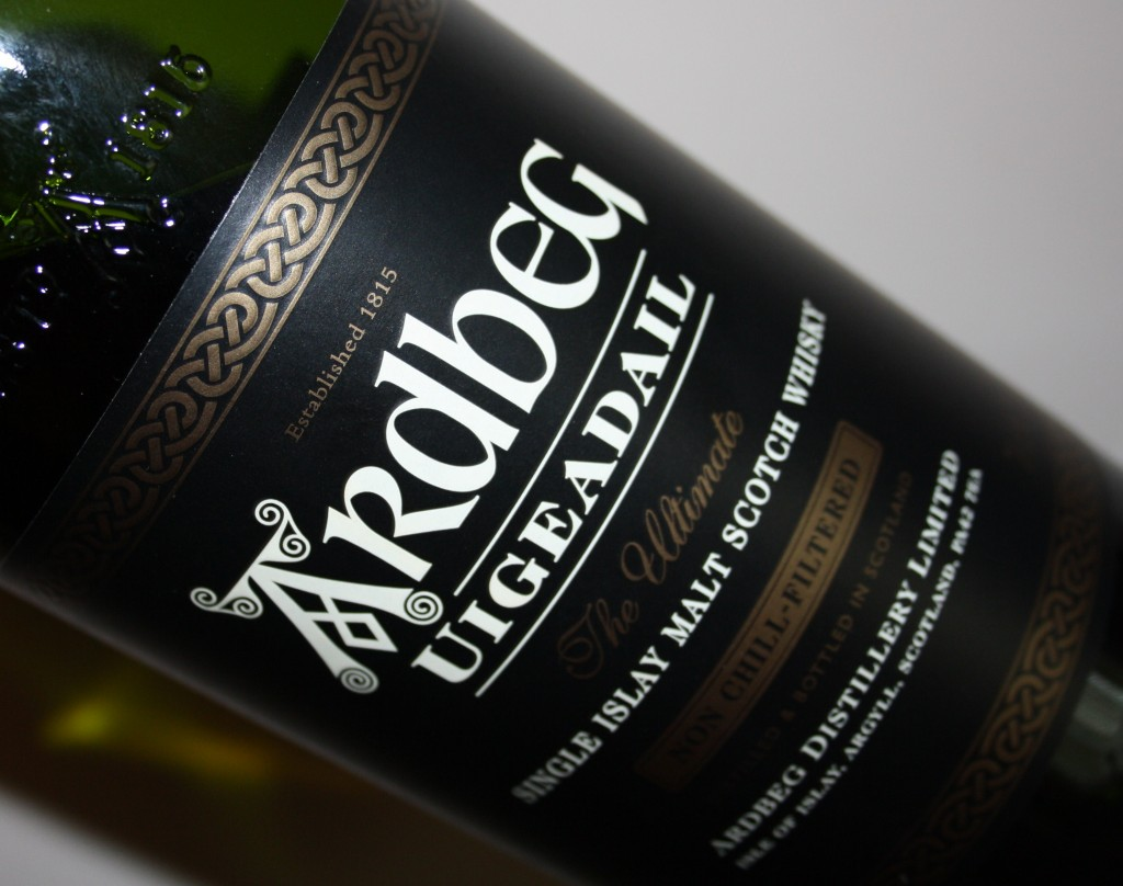 http://purplejesus.files.wordpress.com/2011/12/ardbeg-whisky.jpg