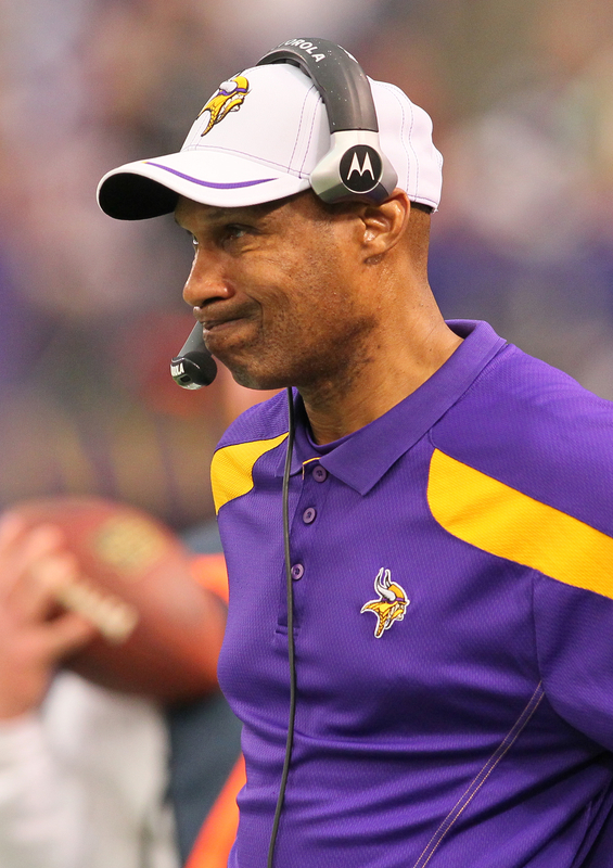http://purplejesus.files.wordpress.com/2011/12/leslie-frazier-saints-2011.jpg