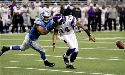 http://purplejesus.files.wordpress.com/2011/12/vikings-lions-2011-facemask.jpg?w=400