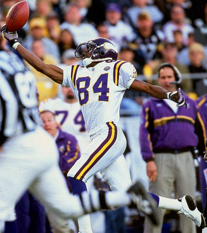 http://purplejesus.files.wordpress.com/2012/01/randy-moss-catch-001.jpg