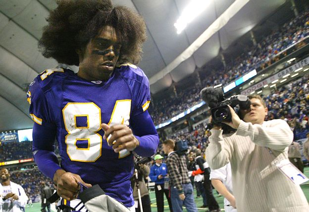 http://purplejesus.files.wordpress.com/2012/01/randy-moss-vikings-001.jpg