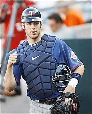 http://purplejesus.files.wordpress.com/2012/02/joe-mauer-2012-001.jpg
