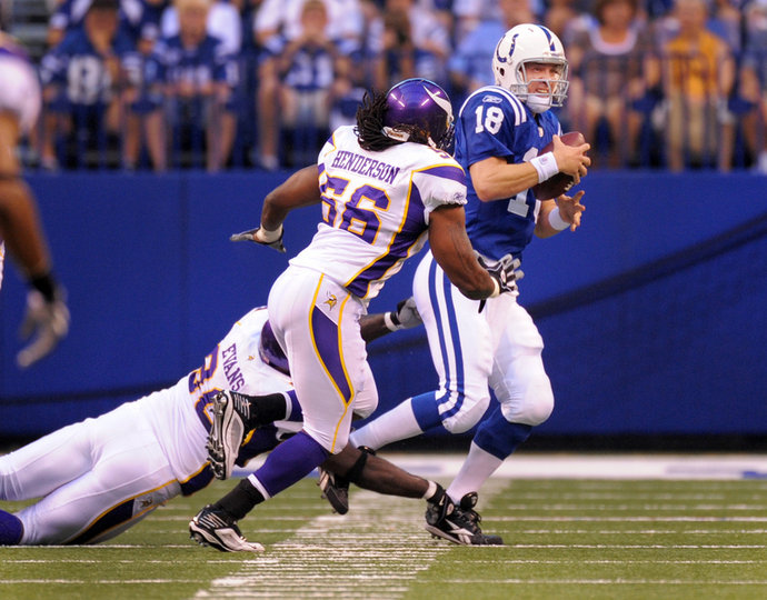http://purplejesus.files.wordpress.com/2012/02/peyton-manning-vikings-003.jpg