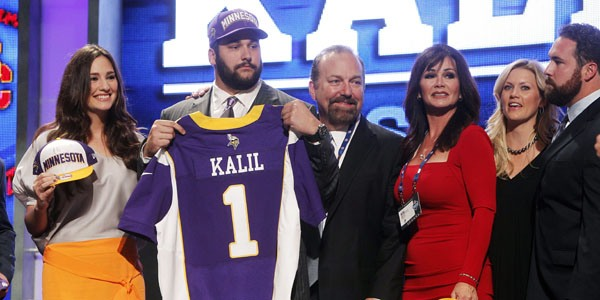 http://purplejesus.files.wordpress.com/2012/04/matt-kalil-draft-2012-mom.jpg