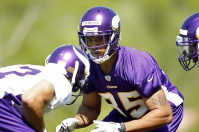 http://purplejesus.files.wordpress.com/2012/05/greg-childs-vikings-001.jpg?w=400