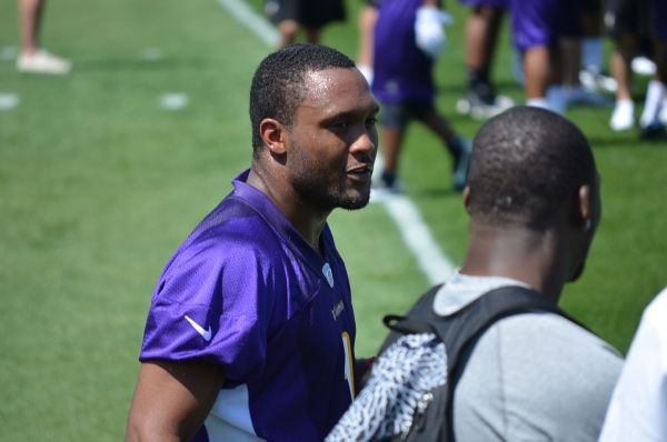 http://purplejesus.files.wordpress.com/2012/05/jarius-wright-vikings-005.jpg
