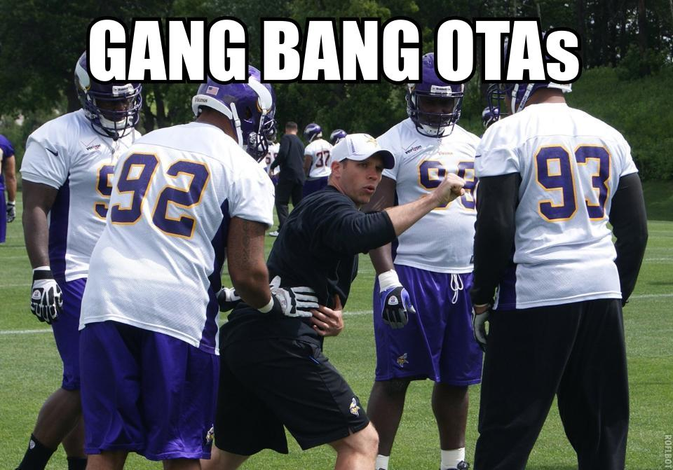 http://purplejesus.files.wordpress.com/2012/06/2012-ota-lol-012-gang-bang.jpg