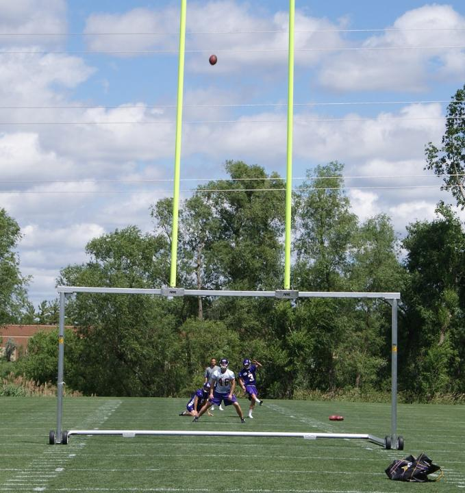 http://purplejesus.files.wordpress.com/2012/06/blair-walsh-vikings-2012-005.jpg