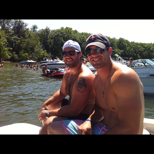 http://purplejesus.files.wordpress.com/2012/06/shirtless-ponder-2012-boat.jpg