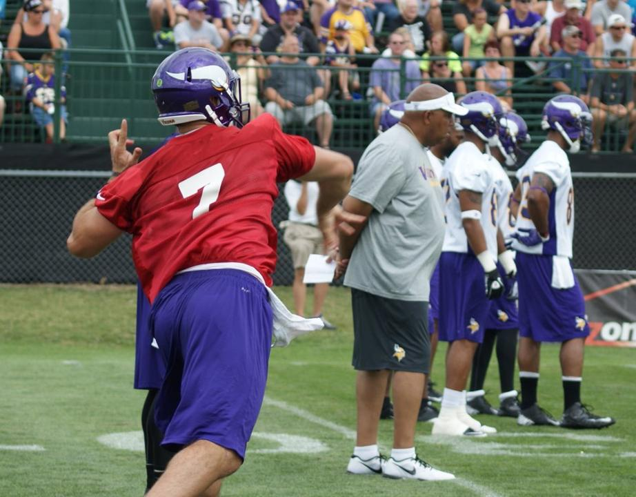 http://purplejesus.files.wordpress.com/2012/07/christian-ponder-vikings-camp-2012.jpg