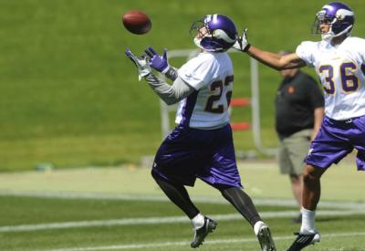 http://purplejesus.files.wordpress.com/2012/08/harrison-smith-005.jpg