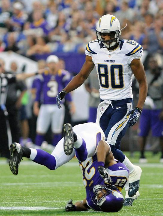 http://purplejesus.files.wordpress.com/2012/08/josh-robinson-chargers-2012-001.jpg