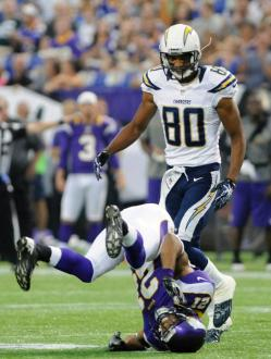 http://purplejesus.files.wordpress.com/2012/08/josh-robinson-chargers-2012-001.jpg?w=250