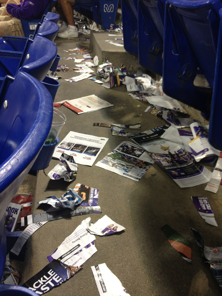 http://purplejesus.files.wordpress.com/2012/08/metrodome-mess-vikings-bills-2012.jpg