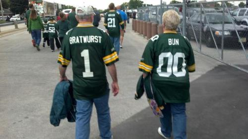 http://purplejesus.files.wordpress.com/2012/08/packer-fans-custom-jersey.jpg?w=500