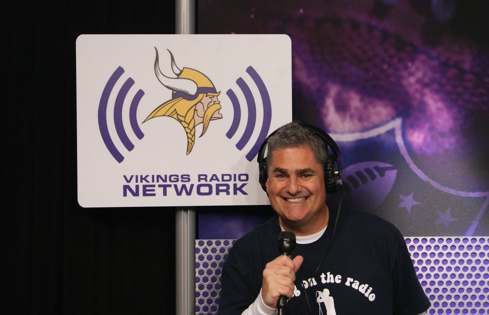 http://purplejesus.files.wordpress.com/2012/08/paul-allen-vikings-kfan.jpg