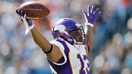 http://purplejesus.files.wordpress.com/2012/08/percy-harvin-touchdown-celebration.jpg?w=450