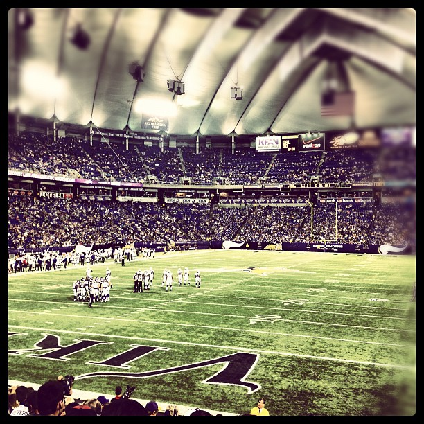 http://purplejesus.files.wordpress.com/2012/08/vikings-instagram-bills-2012-001.jpg