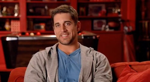 http://purplejesus.files.wordpress.com/2012/09/aaron-rodgers-pizza-hutt.jpg?w=500
